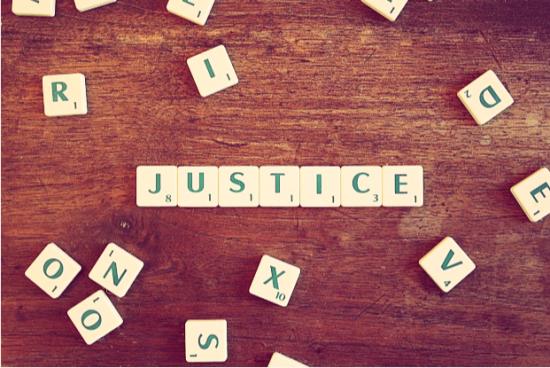 ayudas-para-abrir-despacho-de-abogados